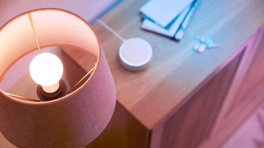 Lâmpadas inteligentes funcionam via aplicativo e também por comandos via assistente de voz - Imagens: WiZ/Signify