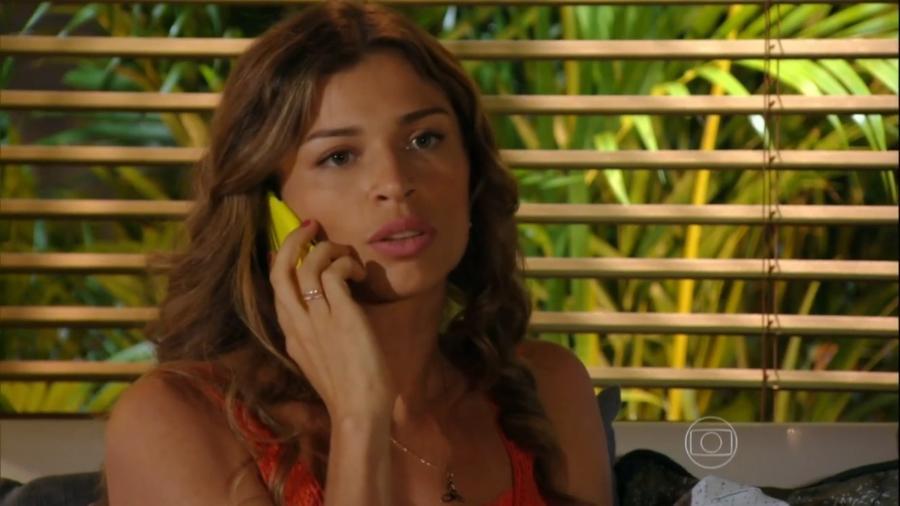 Ester (Grazi Massafera) em Flor do Caribe (Reprodução/TV Globo). - Reprodução / Internet