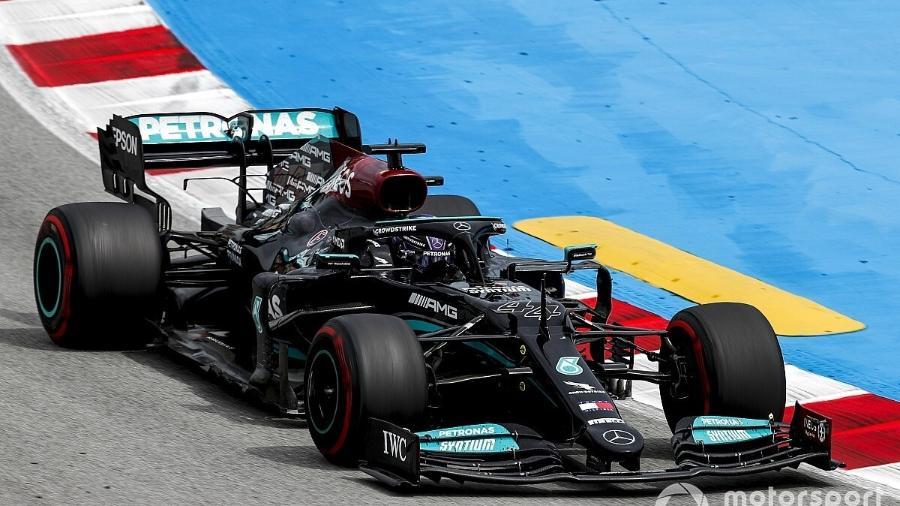 F1: Hamilton questionou se faria parada que rendeu vitória na Espanha e agradece confiança da Mercedes - Divulgação