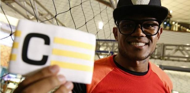 Anselmo vai atuar pelo time de Carille na Arábia Saudita, Inter, Sport e Joinville lucram
