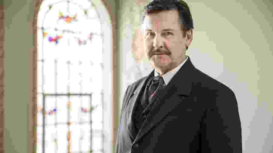 Antonio Calloni vive Júlio em Éramos Seis (Divulgação: TV Globo) - Antonio Calloni vive Júlio em Éramos Seis (Divulgação: TV Globo)