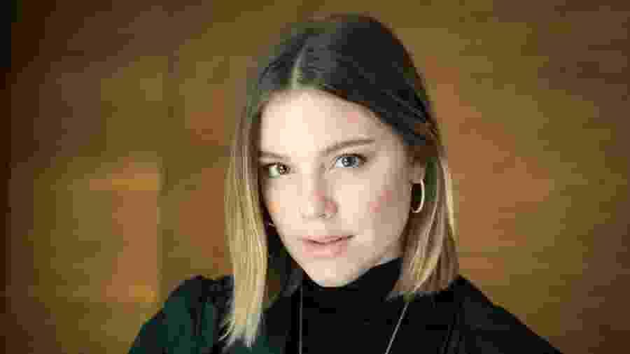 Alice Wegmann interpreta Dalila na novela Órfãos da Terra (Foto: Globo/Raquel Cunha) - Alice Wegmann interpreta Dalila na novela Órfãos da Terra (Foto: Globo/Raquel Cunha)