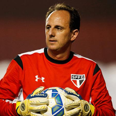 Rogério Ceni passou toda a carreira como jogador no São Paulo  - GettyImages