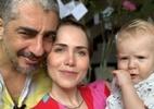 """Letícia Colin publica clique divertido do filho com o marido: """"Sextou"""" - Divulgação"""