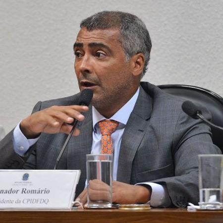 O senador Romário foi  o autor do relatório que pedia a rejeição da sugestão de considerar o funk como crime - Antônio Cruz/ABr