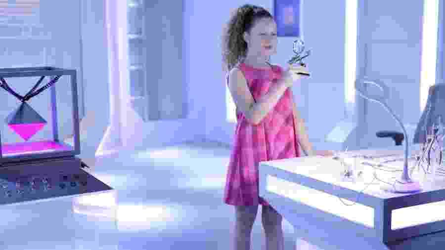 Ester é uma androide projetada por Pendleton em As Aventuras de Poliana (Reprodução: SBT) - Ester é uma androide projetada por Pendleton em As Aventuras de Poliana (Reprodução: SBT)