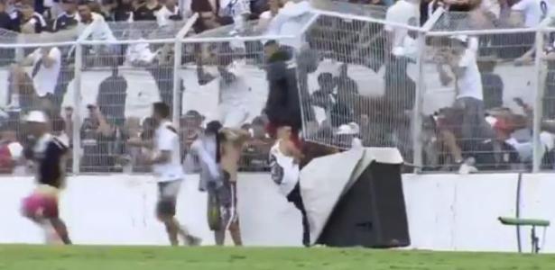 Invasão de torcedores da Ponte ao campo pesou na definição de torcida única para o time