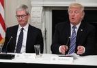 Apple argumenta que aumento de impostos afetará seus investimentos nos Estados Unidos (Foto: Tim Cook e Donald Trump)