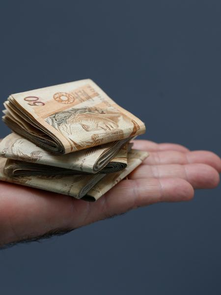 Dinheiro (R$)