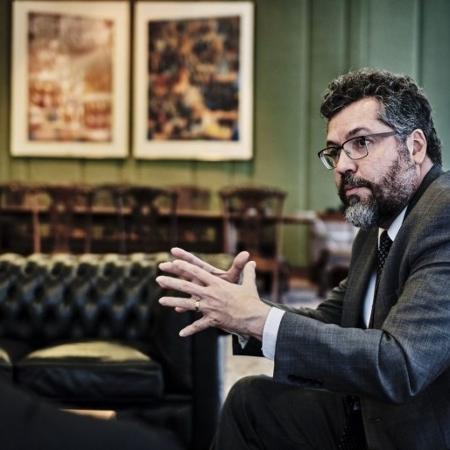 Itamaraty de Ernesto Araújo espera que Biden entenda posições de Bolsonaro -