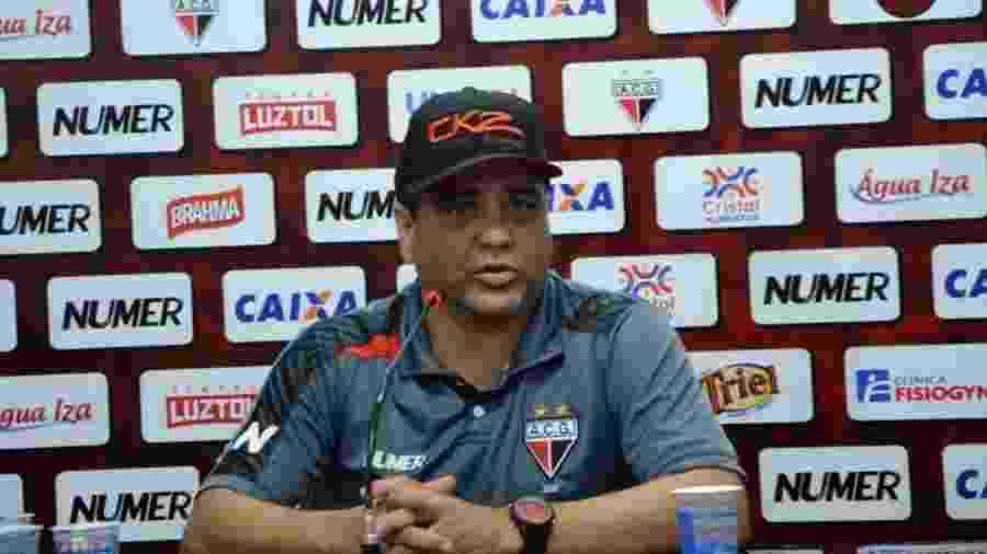 Marcelo Cabo já trabalhou no Atlético-GO e estava no comando do Figueirense - Divulgação/Atlético-GO