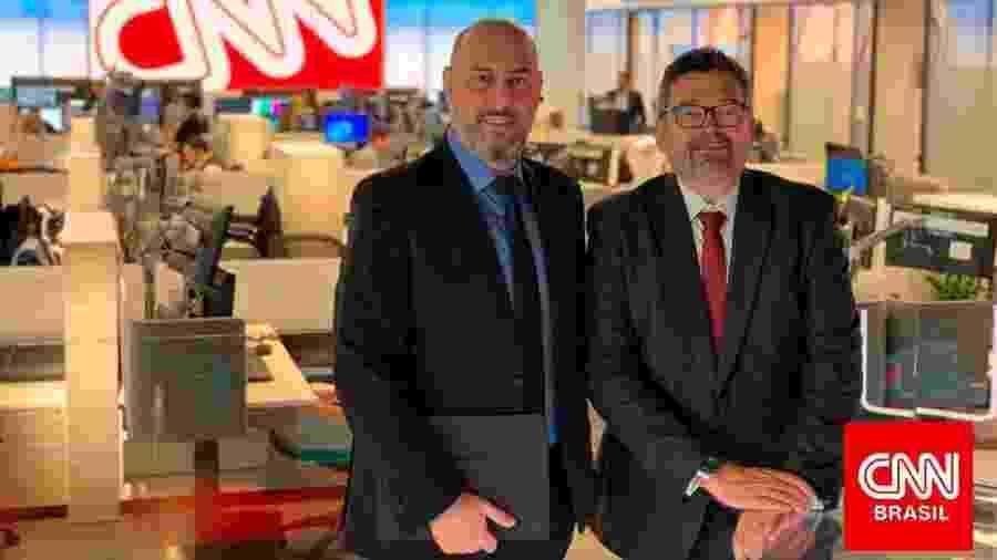 Douglas Tavolaro, CEO da CNN Brasil, e Américo Martins, vice-presidente de conteúdo internacional  - Douglas Tavolaro, fundador da CNN Brasil, e Américo Martins, vice-presidente de conteúdo internacional da CNN Brasil (Divulgação/CNN Brasil)