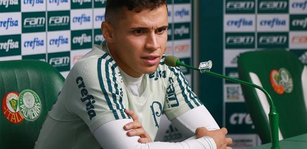 Raphael Veiga mostra otimismo com o Palmeiras para o próximo ano