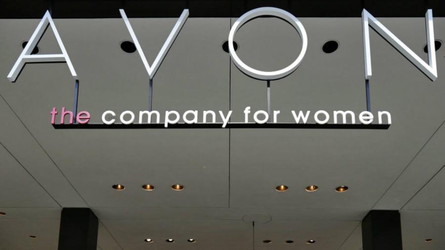Avon anunciou o afastamento de executiva que mantinha idosa em situação análoga à escravidão -