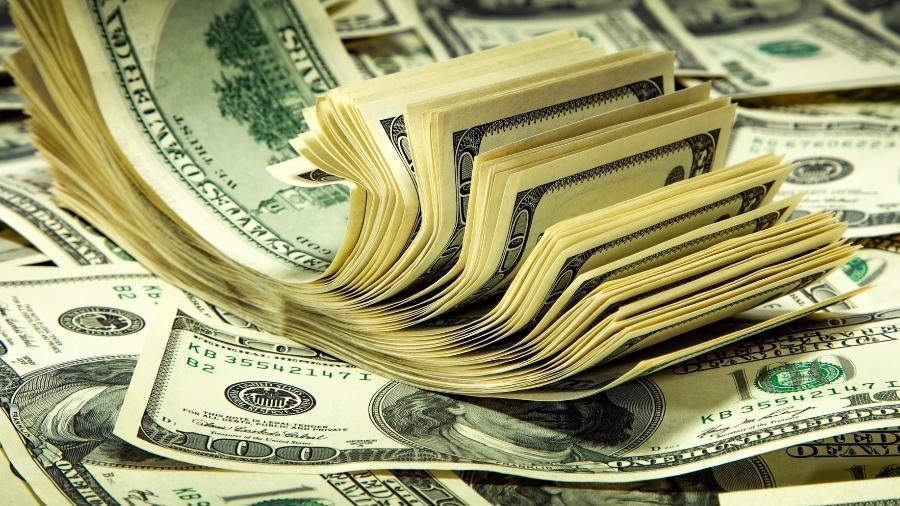 Dólares - Dólares