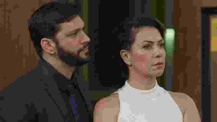 Nana (Fabiula Nascimento) e Diogo (Armando Babaioff) em Bom Sucesso - Nana (Fabiula Nascimento) e Diogo (Armando Babaioff) em Bom Sucesso