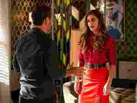 Amadeu (Marcos Palmeira) e Maria da Paz (Juliana Paes) em A Dona do Pedaço (Divulgação/ TV Globo)