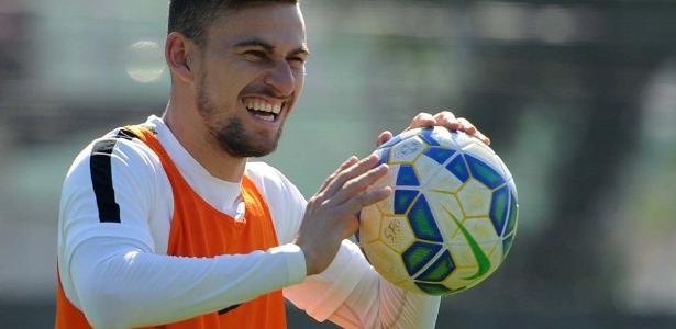 Lucas Lima não renovou com o Santos para acertar com o rival Palmeiras