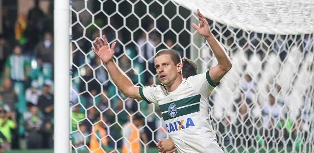 Galdezani celebra contra o Palmeiras: queda e reinício entre os reservas em 2018