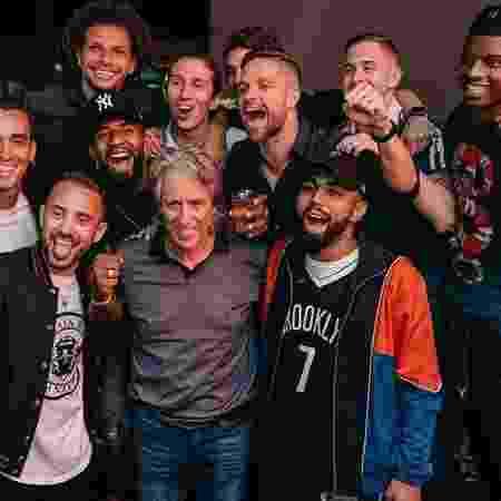 Jogadores do Flamengo com Jorge Jesus - Instagram