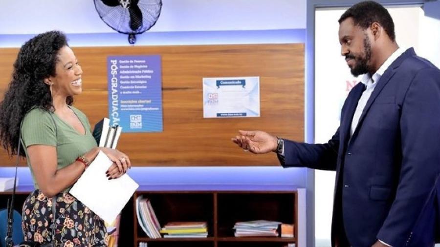 Maria Gal e Paulo Américo como Gleyce e Henrique em As Aventuras de Poliana (Divulgação / SBT) - Reprodução / Internet