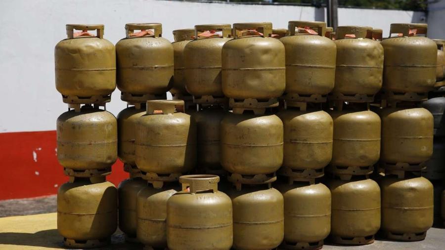 Gás de cozinha sobe mais que o dobro da inflação em 2020 -                                 LEO MOTTA/ACERVO JC IMAGEM