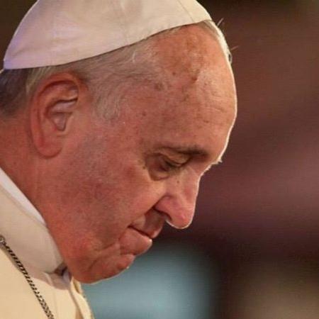 """Papa está """"machucado"""" com veto a bênção para gays, diz chileno - Wikimedia Commons"""
