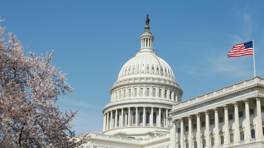 Senadores dos EUA apresentam projeto de lei para proteger venezuelanos - US Senate