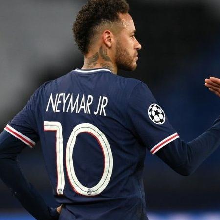 Neymar em ação pelo Paris Saint-Germain - GettyImages