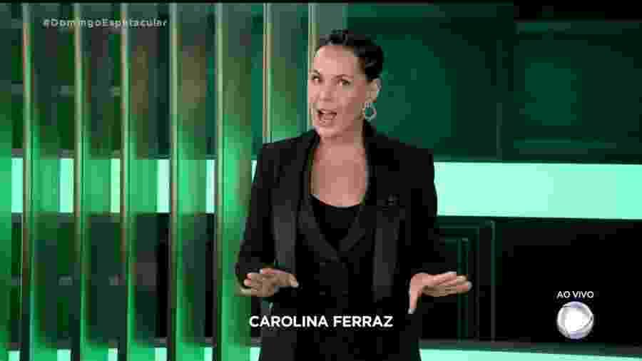 """Carolina Ferraz em seu primeiro dia no """"Domingo Espetacular"""" - Reprodução/Internet"""