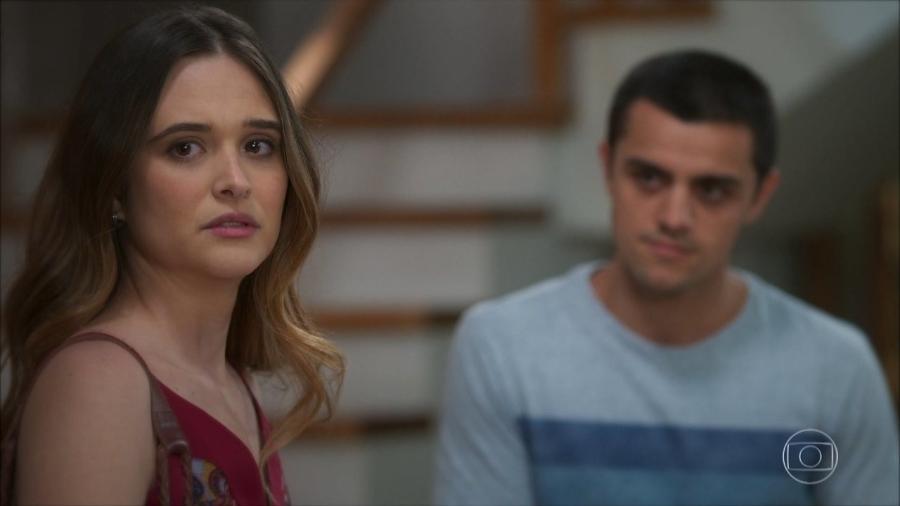 Luna (Juliana Paiva) e Téo (Felipe Simas) em Salve-se Quem Puder (Reprodução/TV Globo). - Reprodução / Internet