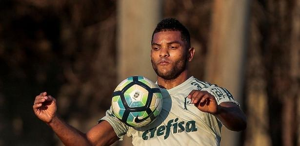 Borja será desfalque do Palmeiras na partida deste sábado contra o Atlético-MG