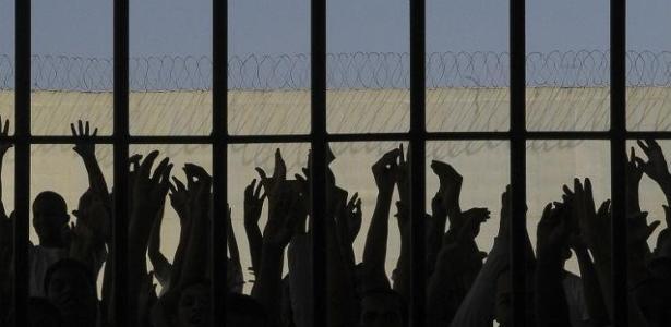 """Para defensores públicos, """"blindagem"""" no sistema impede apuração de casos de tortura"""