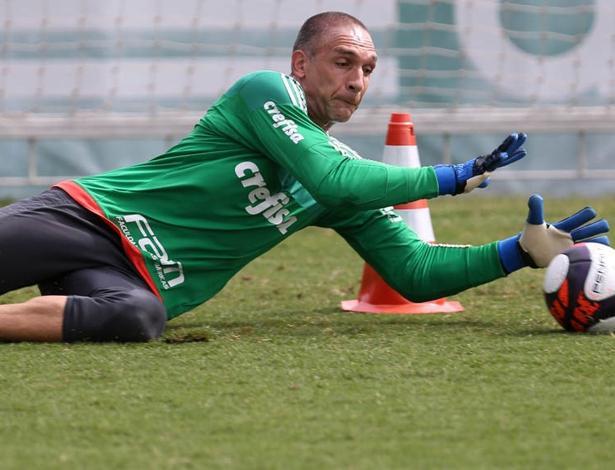 Fernando Prass tem contrato até o fim do ano e segue sem assinar renovação