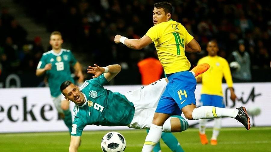 Thiago Silva fez grandes partidas contra Alemanha e Rússia: candidato a titularidade - Wolfgang Rattay/Reuters