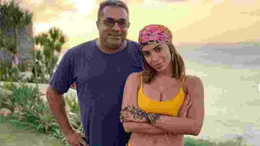 Anitta e o pai (FOTO: Reprodução/Instagram) - Anitta e o pai (FOTO: Reprodução/Instagram)