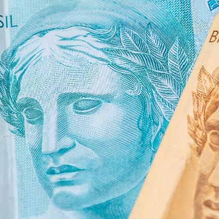 Dívida bruta deve chegar a 103,4% do PIB em 2030, diz IFI - Notas de reais