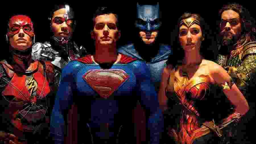 Liga da Justiça se reúne em foto inédita da versão de Zack Snyder - Reprodução / Internet