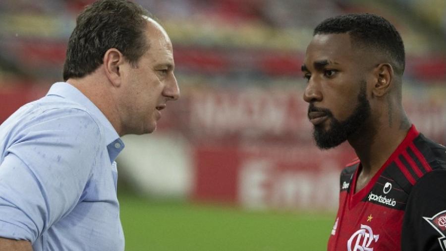 O técnico Rogério Ceni e o jogador Gerson, do Flamengo - Alexandre Vidal / Flamengo