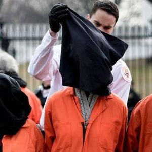 Protesto contra a prisão de Guantánamo nesta quinta (12)