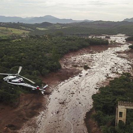 Bombeiros retomam buscas por desaparecidos da tragédia de Brumadinho - Getty Images