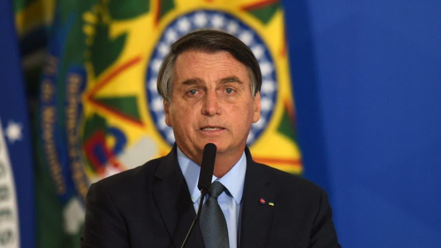 Bolsonaro muda o tom e diz que vacinação aumenta chance de retomada da economia - Edu Chaves/Fotoarena/Estadão Conteúdo
