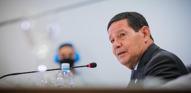 Discurso no Fórum de Davos | Mourão critica falta de verbas internacionais e diz negociar Fundo Amazônia