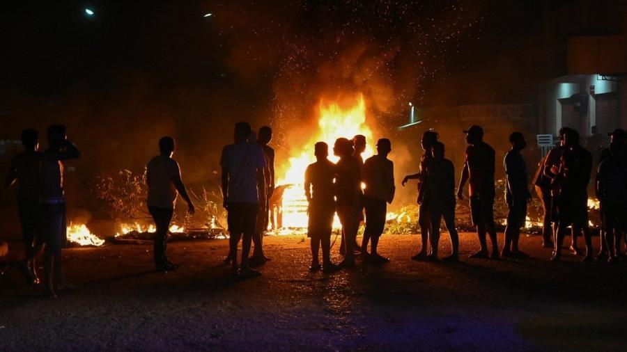 Crise de energia no Amapá, apagão em Macapá - protestos no bairro de Santa Rita                              -                                 RUDJA SANTOS/DIVULGAÇÃO