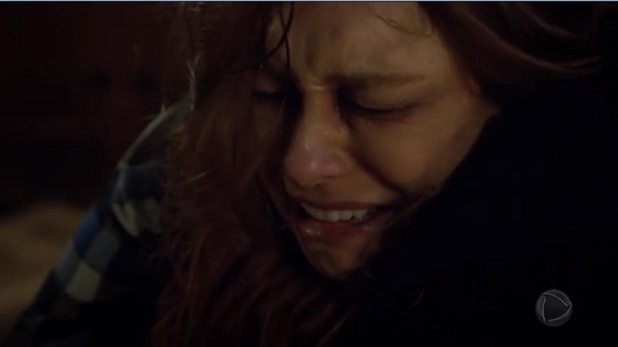 Poderosa (Day Mesquita) chorando em Amor Sem Igual (Foto: Reprodução/Record TV) - Reprodução/Record TV