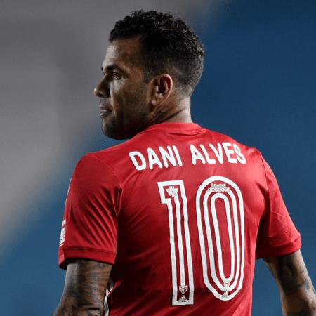 Daniel Alves está de olho na Copa do Mundo de 2022 - GettyImages