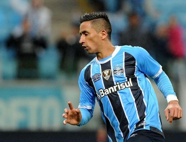 Centroavante tem contrato com o Grêmio até o final da temporada