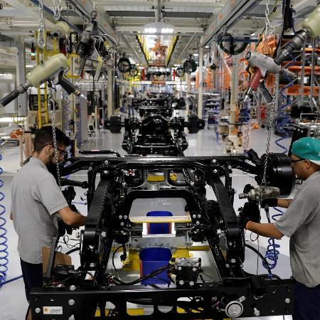 CNI: Mais de 70% das indústrias têm dificuldades em obter insumo e matéria-prima - Paulo Whitaker/Reuters