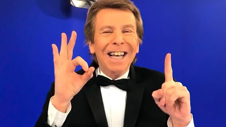 """Nelson Rubens está há 20 anos à frente do """"TV Fama"""" - Reprodução TV Fama / Internet"""