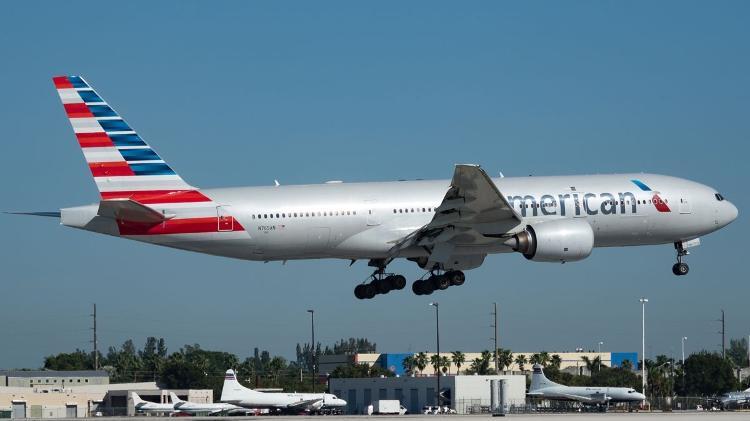 Produto de limpeza | Vazamento provoca desmaios em voo de Londres para os EUA